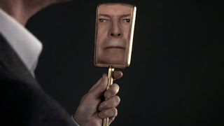 David Bowie Tis pity she was a whore